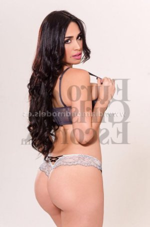Lou-hann live escorts in Yelm