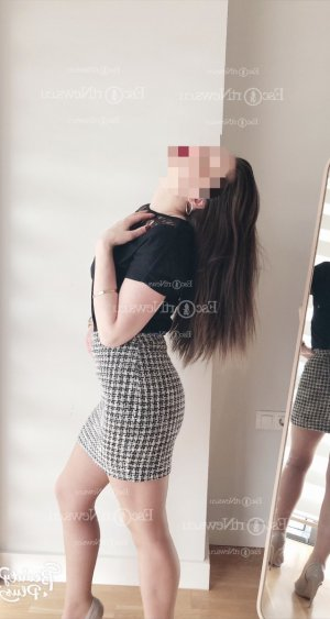 Ermina escort girl in Acworth