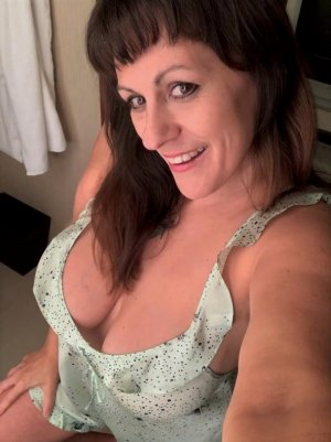 Gemina escort girl in Banning